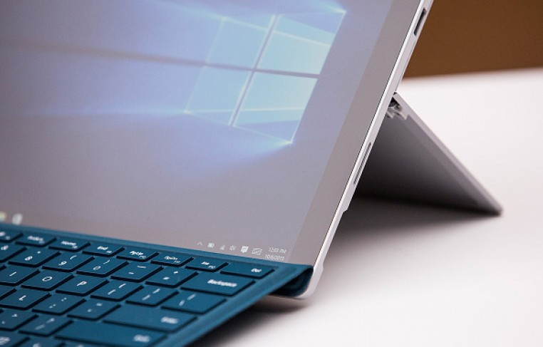 A new Microsoft Surface Pro 4 sit on display at a media event for new Microsoft products on October 6, 2015 in New York City.