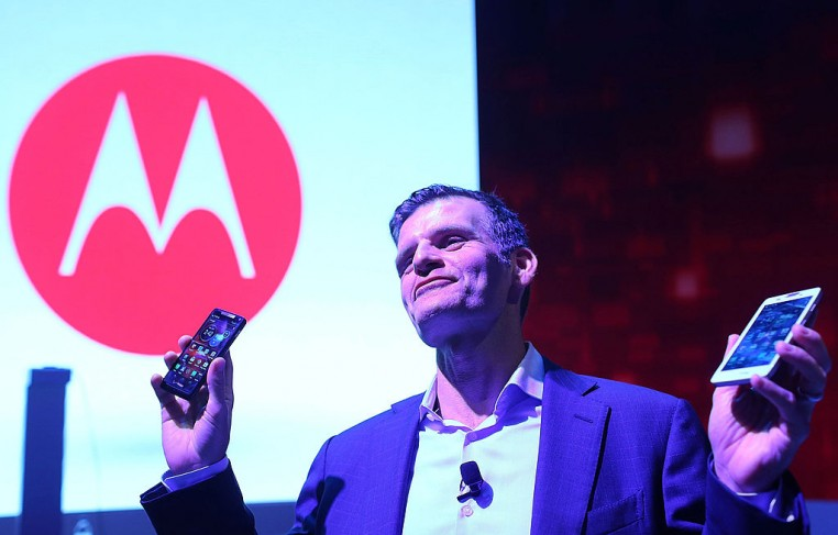Dennis Woodside, chief executive officer of Motorola Mobility, introduces three new smartphones under its Razr brand that will become available for Verizon customers.